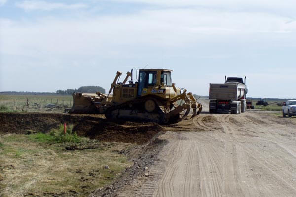 Bulldozer 605 Roadway Work